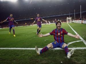 Postal: Leo Messi celebrando un gol con la camiseta del Barça