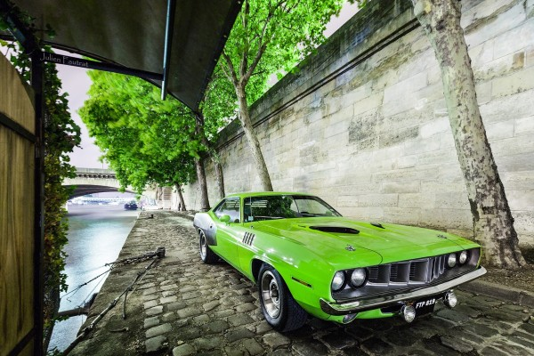 Plymouth Barracuda, color verde
