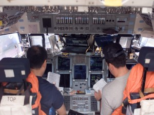 A los mandos de una nave espacial