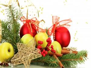 Postal: Adornos para Navidad y Año Nuevo