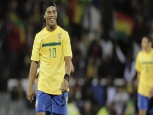 "Ronaldinho con la ""canarinha"""