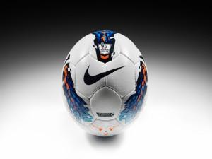 Postal: Balón de fútbol Nike