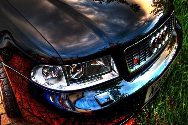Frontal de un Audi