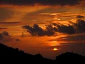 El sol oculto en las nubes