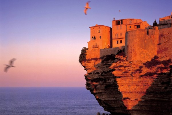 Fortaleza en Bonifacio (Córcega, Francia)