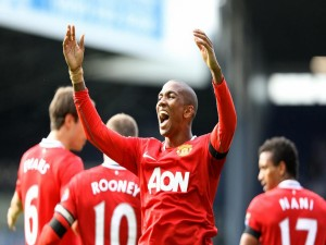 Postal: Ashley Young (Manchester United)