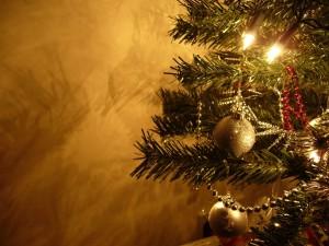 Postal: Árbol de Navidad iluminado