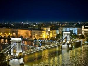 Postal: Puente de Las Cadenas (Budapest)