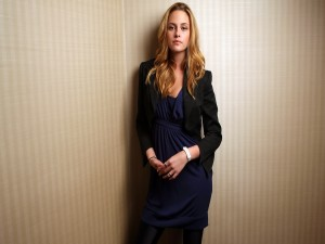 Postal: Kristen Stewart con el pelo rubio