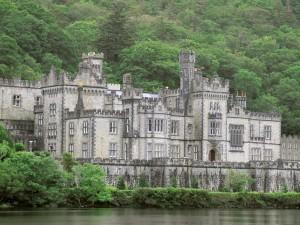 Postal: Castillo-Abadía de Kylemore (Irlanda)