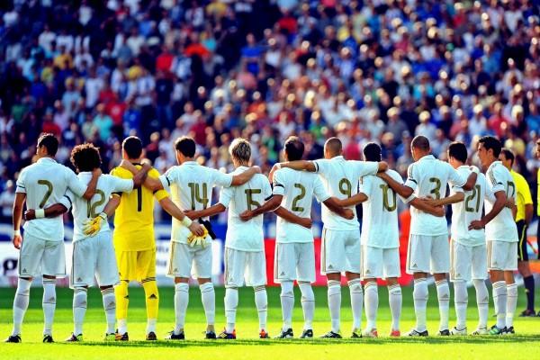 La plantilla del Real Madrid CF de espaldas