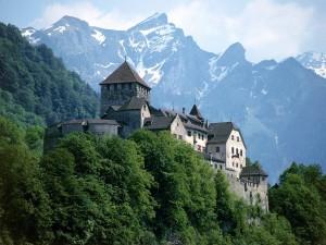 Postal: Castillo de Vaduz, Liechtenstein