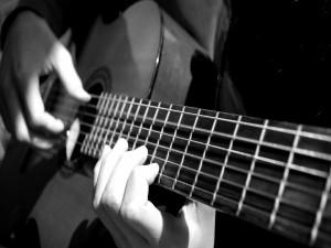 Postal: Las manos de un guitarrista