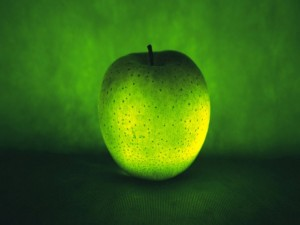Postal: Una manzana verde