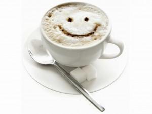 Postal: Café con cara feliz