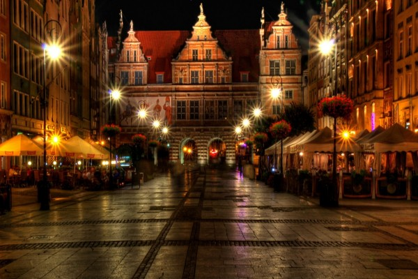Luces en una calle de Polonia