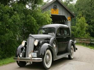 Postal: Un auto clásico