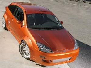 Postal: Ford Focus naranja