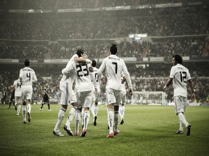 Real Madrid celebrando el gol