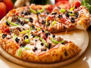 Postal: Pizza con aceitunas