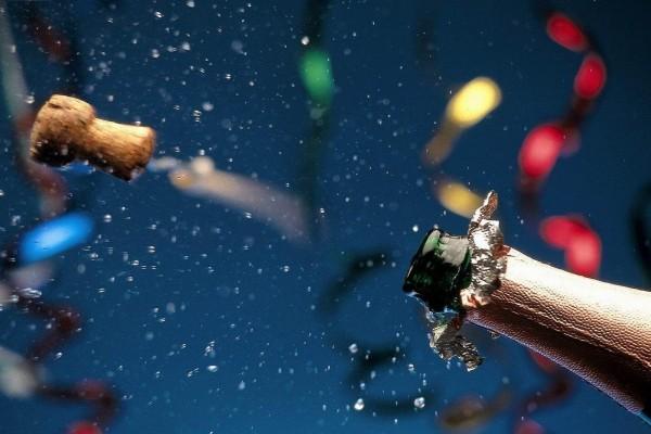 Descorchando el champán en Año Nuevo
