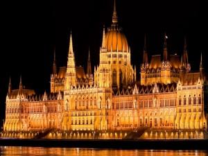 La noche en el Parlamento (Hungría)