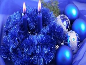 Cintas y bolas para Navidad