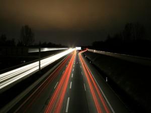 Luces de velocidad en la carretera