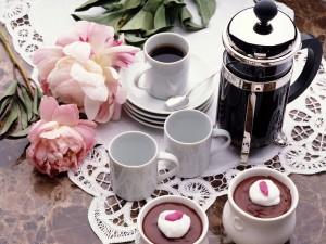 Café, chocolate y flores