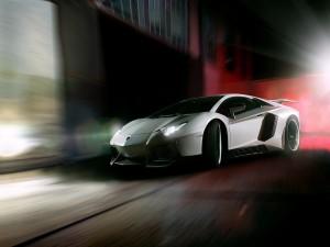 Lamborghini Aventador de noche
