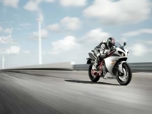 Velocidad en una Yamaha R1