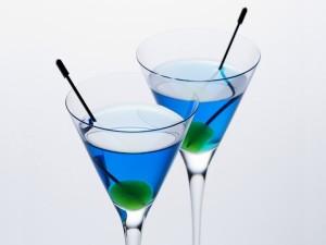 Postal: Cócteles de color azul