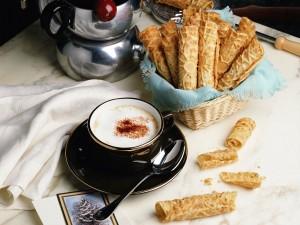 Café y barquillos