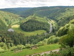 Postal: Río Semois, serpenteando por el paisaje