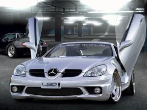 Bisagras LSD en un Mercedes