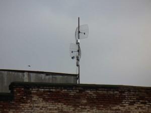 Postal: Antenas en el tejado