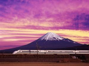 Postal: El Shinkansen y el Monte Fuji