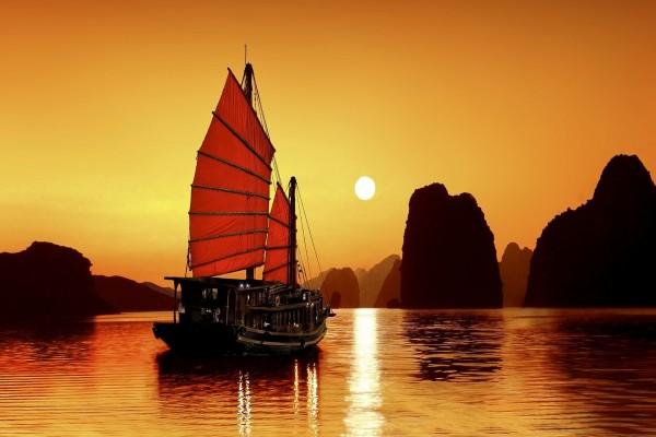 Un atardecer y un barco