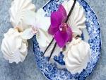 Exquisitos malvaviscos adornados con orquídeas