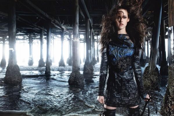 Kristen Stewart con vestido negro