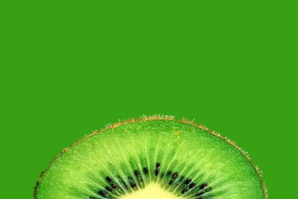Fina rodaja de kiwi