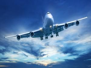 Avión preparado para el aterrizaje