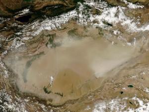 Tormenta de polvo en el Desierto de Taklimakan