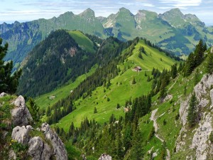 Postal: Casa en las montañas