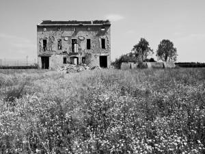 Postal: Casa abandonada