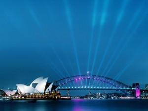 Postal: Luces en el Puente de la Bahía de Sídney