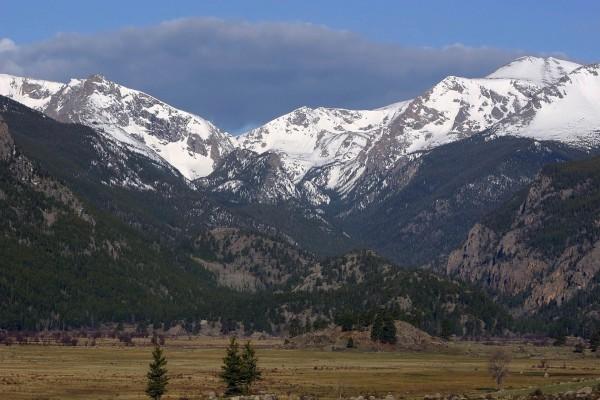 Primera nevada en las montañas