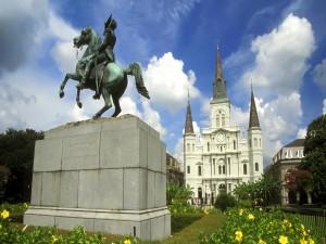 Postal: La Catedral de San Luis y la estatua del Presidente Andrew Jackson (Nueva Orleans)