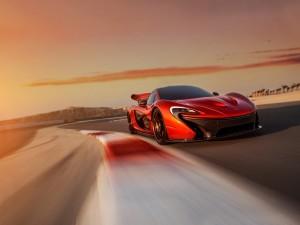 McLaren P1 en la pista