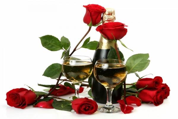 Champaña y rosas rojas